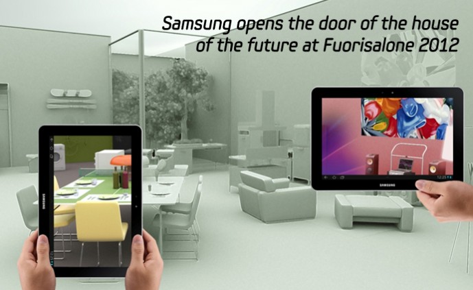 SAMSUNG opens the door of the house_m