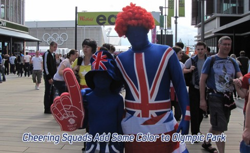Cheering Squads Add Some Color to Olympic Park_m