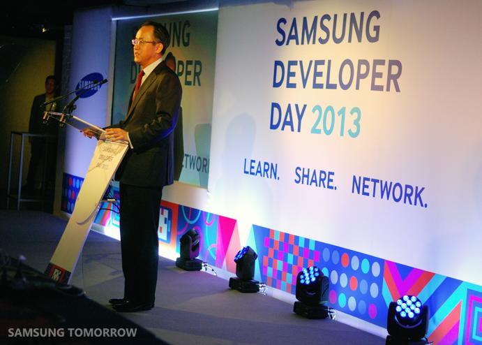 SP Kim at the Samsung Developer Day