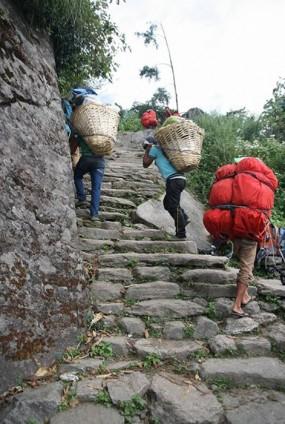 The Sherpa at the Himalayas_06