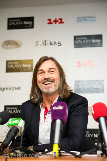 the most famous Russian artist Nikas Safronov