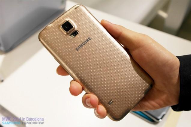 Samsung Galaxy 5 back