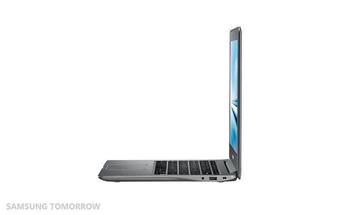 Chromebook2-13_005_Side-Open_Luminous Titan-HR
