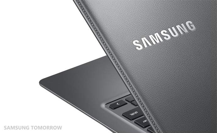 Chromebook2-13_014_Detail_Luminous Titan-HR
