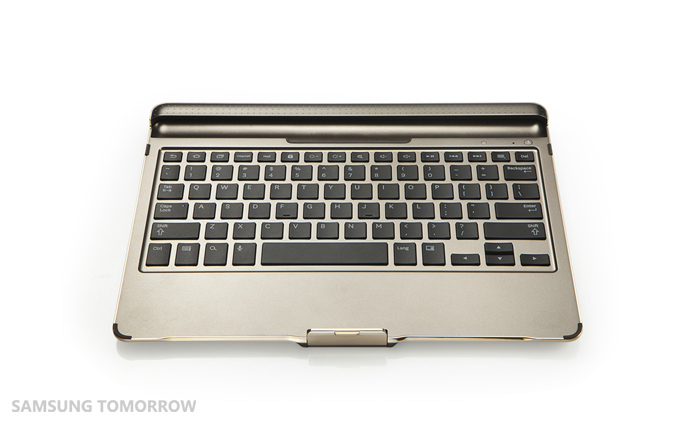 [Image]-Galaxy-Tab-S-Bluetooth-Keyboard_1