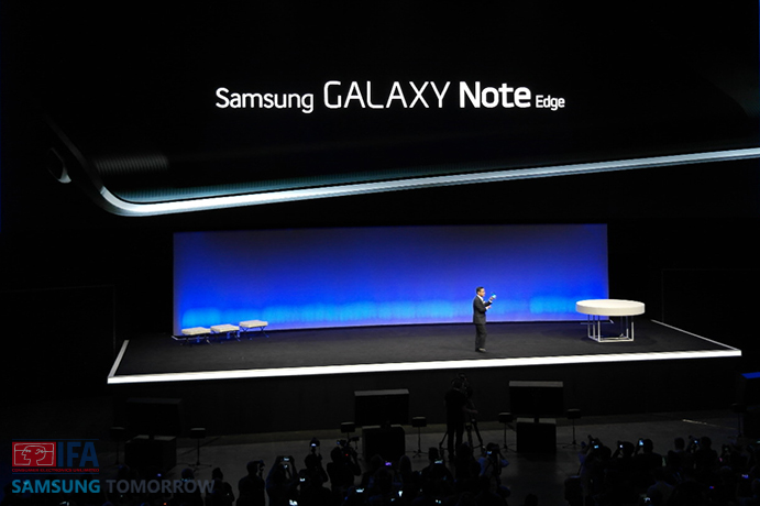 Introducing-the-Galaxy-Note-Edge