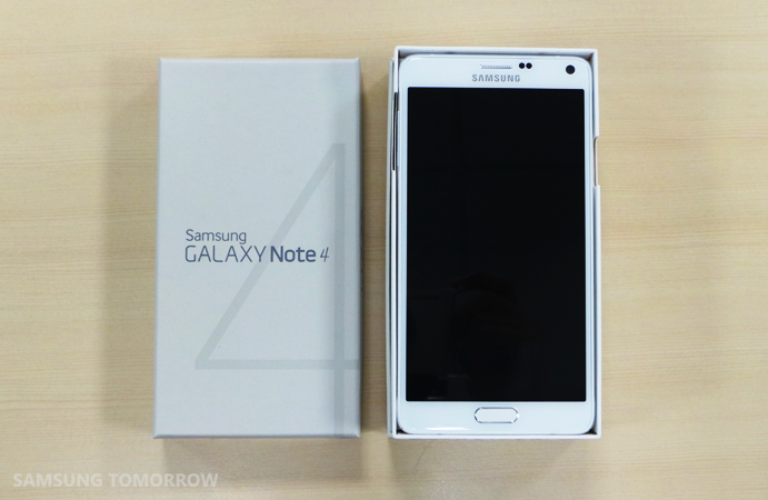 Unboxing the Galaxy Note 4_1